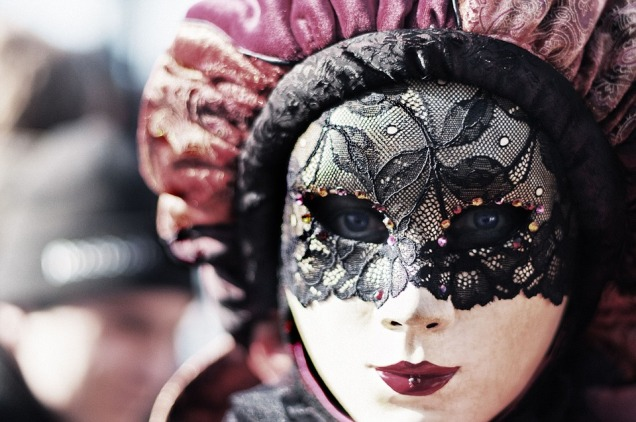 carnival-411494_960_720